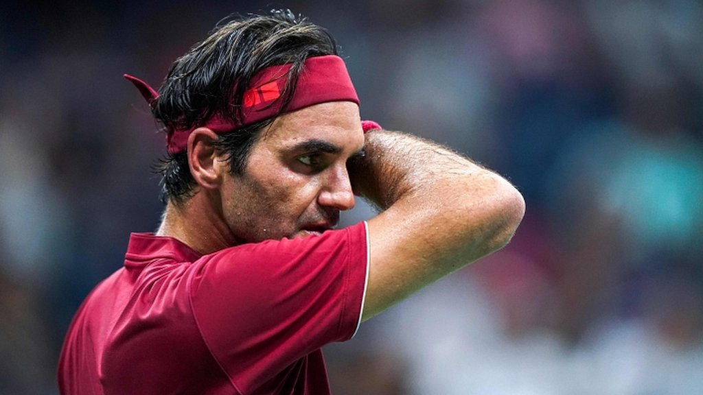 BBC TENNIS: 'Federer needs to play more events or consider retirement'