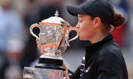 GUARDIAN TENNIS: Ashleigh Barty: a humble and hugely popular grand slam champion | Simon Cambers